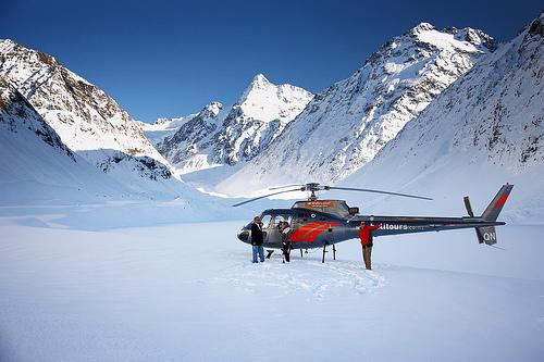 Glacier helicopter landing