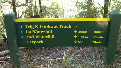 Pelorus Trig Lookout Point signage