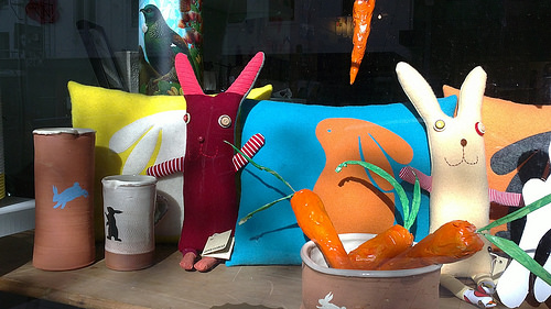 Kina Gallery window display