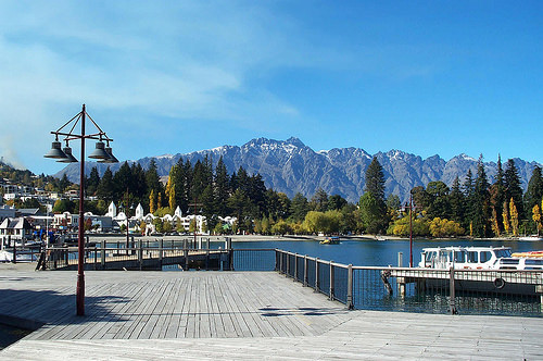 Queenstown Waterfront - starting driving from queenstown to fox glacier