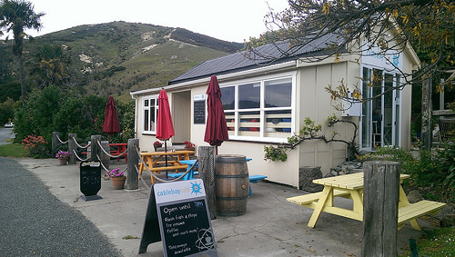 Cable Bay Walk and Cafe near Nelson