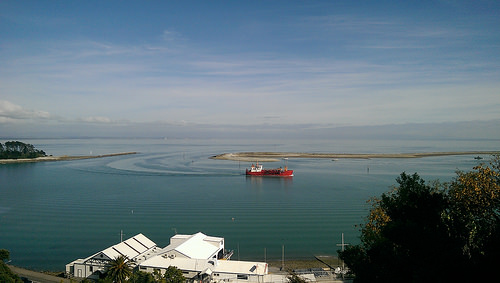 nelson-harbourview-apartments-view-with-red-ship