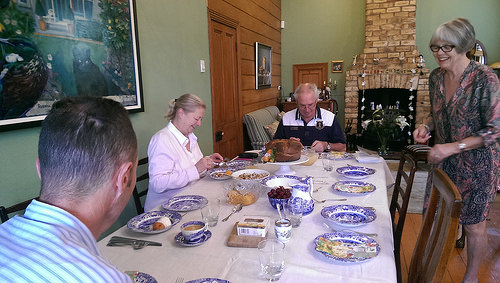 Eden Villa Auckland B & B breakfast Table