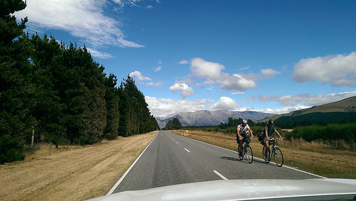 Scenic route to Lake Tekapo and cyclists