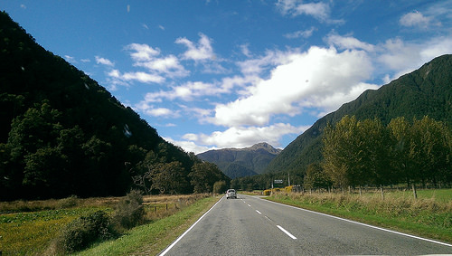 Towards Lewis Pass