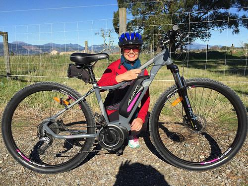 Travelling New Zealand regions by e-bike