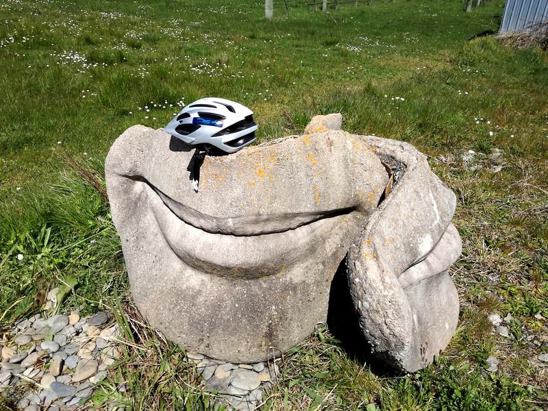 Exploring Tasman Nelson Bike Trail - lips sculpture