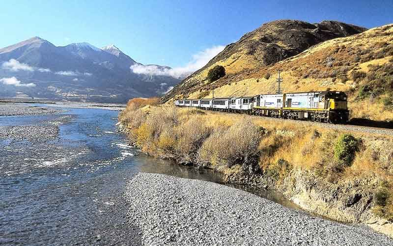 Using key railway links in New Zealand can work for travellers