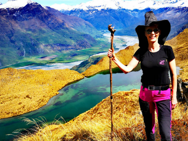 alpine lakes wanaka with lotr outfit