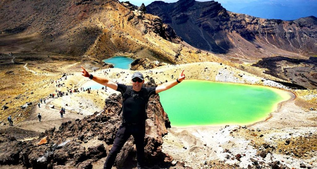 Hubi at the Emerald Lakes half way on the Tongariro Crossing.